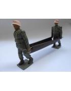Στρατιωτικοί Νοσοκόμοι με Φορείο